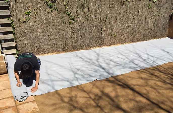 Como podemos instalar nuestra malla geotextil para cesped artificial