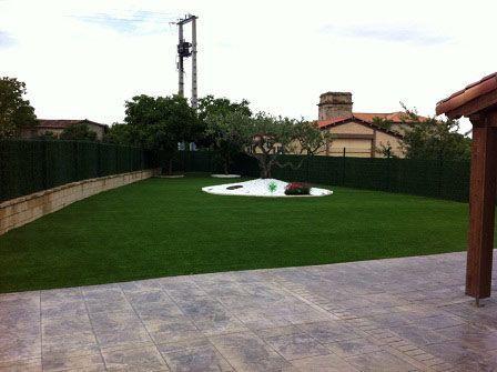 cesped artificial supreme instalación en superficie de tierra