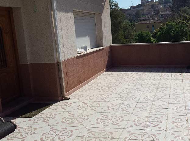 cesped en una terraza e instalación cesped artificial lima 30