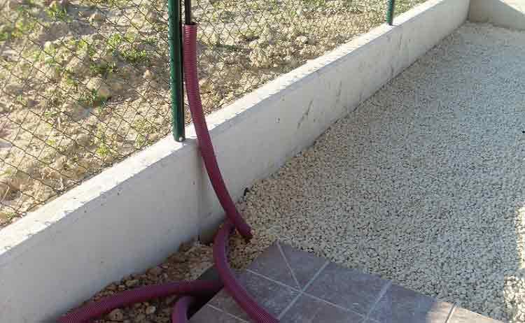 comprar cesped artificial cómo nivelar el terreno