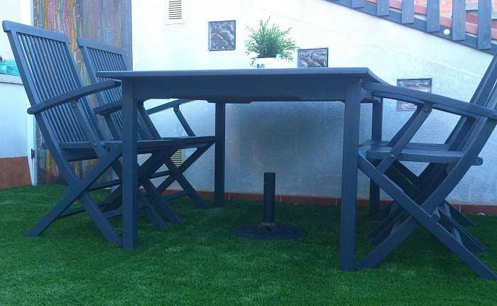 instalación cesped artificial W40 en una terraza