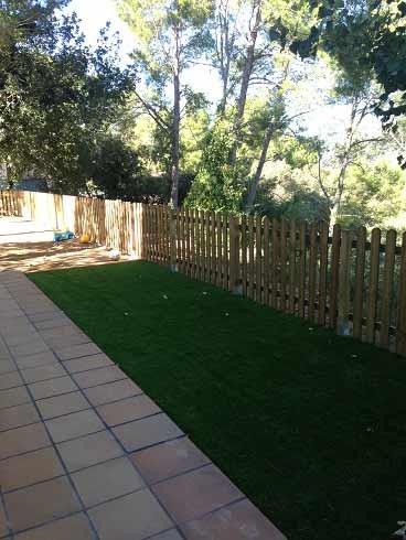 instalación cesped artificial supreme y tarima de madera