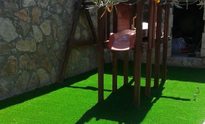 parque infantil e instalación cesped artificial lima 40