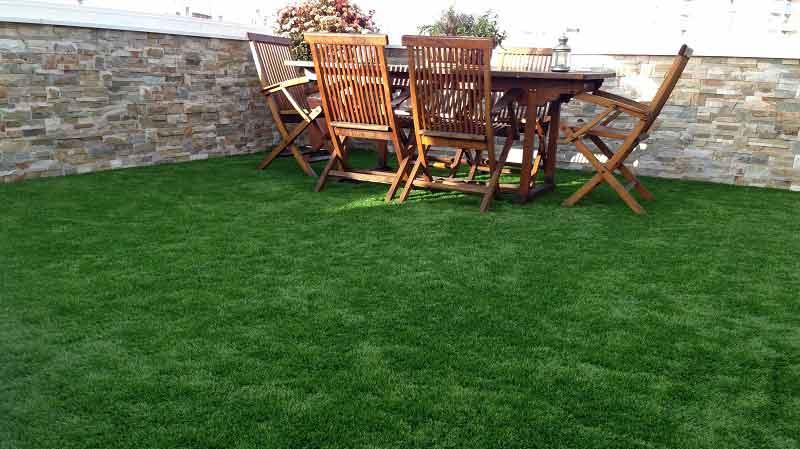 terraza e instalación cesped artificial prado 30