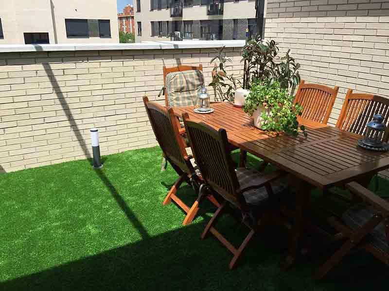 terraza e instalación cesped artificial prado 40