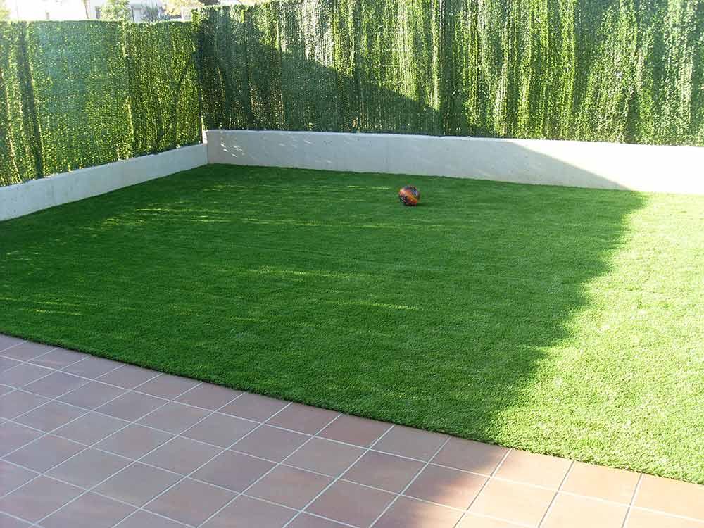 como preparar el terreno cesped artificial barcelona