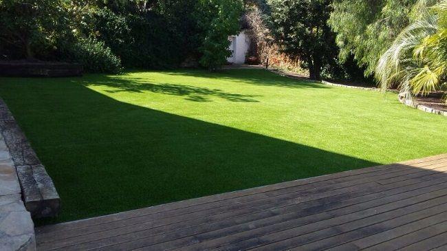 Cesped artificial Valencia instalacion W40 en jardin