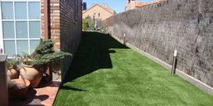 cesped artificial jardín
