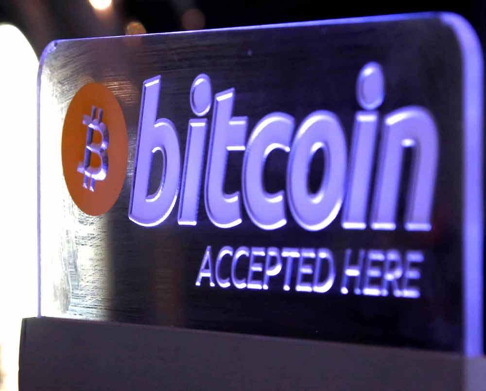 cesped artificial y bitcoins