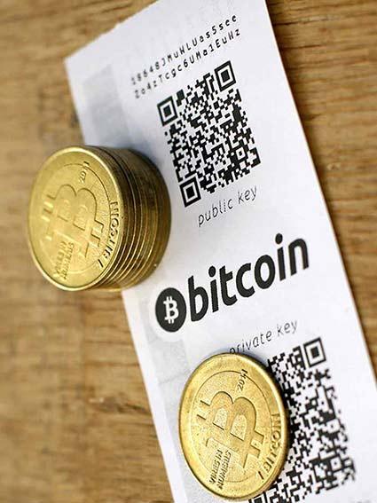 bitcoins y cesped artificial