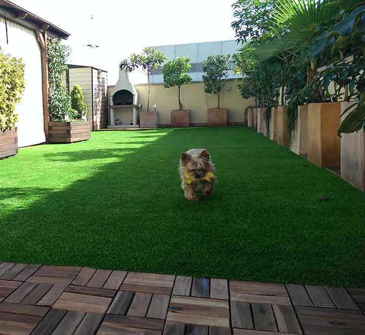 los ejemplos de instalación de nuestro cesped artificial para terrazas